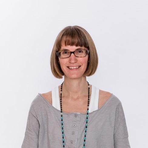 Inner Circle NPF - yoga online med Anna Malcus.